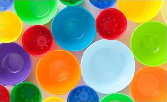 Colorful_Plastic_Containers_344px.jpg